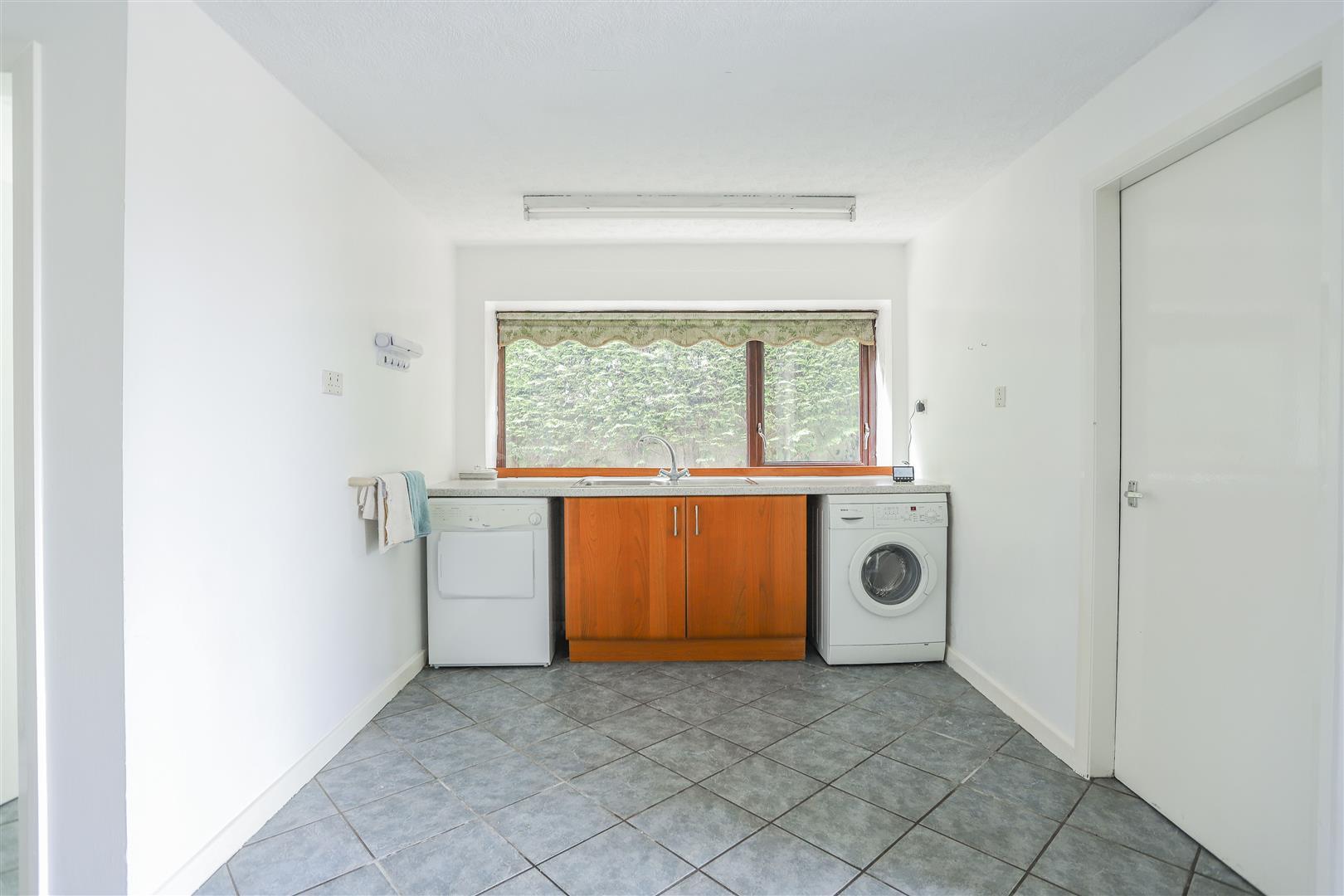 5 Bedroom Farmhouse For Sale - 31.JPG